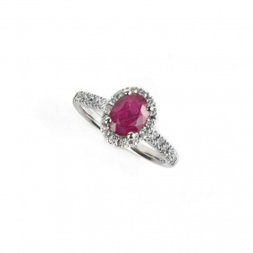 18k white gold ruby and diamond ring 1.53ct